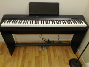 Casio electronic piano(PX-160)
