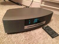 Bose Wave Radio/CD/alarm and case