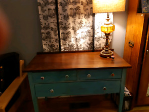 Sideboard entry-way table