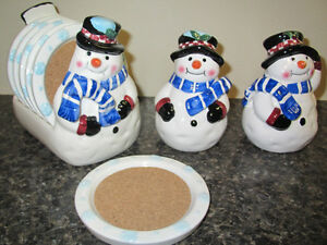 snowman salt & pepper with 6 coasters and holder