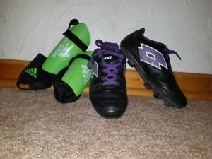 Soccer cleats and shin guards - Girls Size 6
