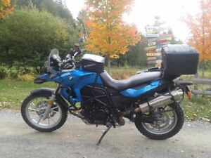 Lowered 2009 BMW F650GS low kms, great shape with lots of gear