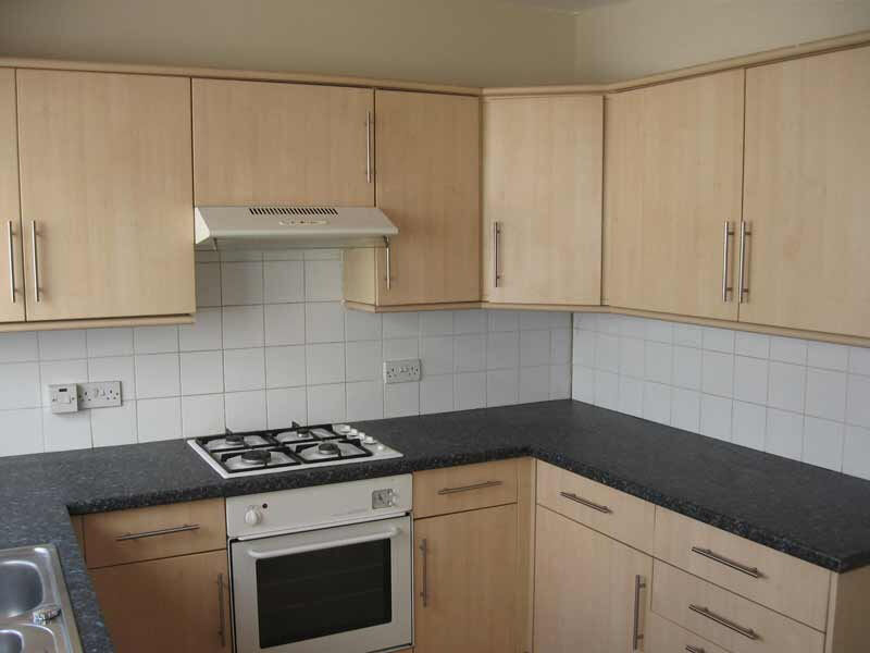 3 Bedroom Student House Dogfield Street Cathays Cardiff