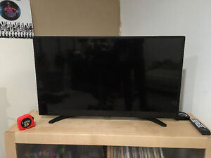 RCA 36 inch tv - Pretty much brand new