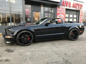 Ford Mustang Convertible-GT-Mags 20 Pouces Niche-Light Bar 2007
