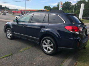 2013 Subaru Outback in Excellent Condition