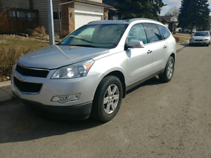 2010 Chevy Traverse SUV*AWD*8 SEATER