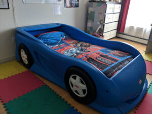 TWIN SIZE CAR BED - SPRING BOX & MATTRESS