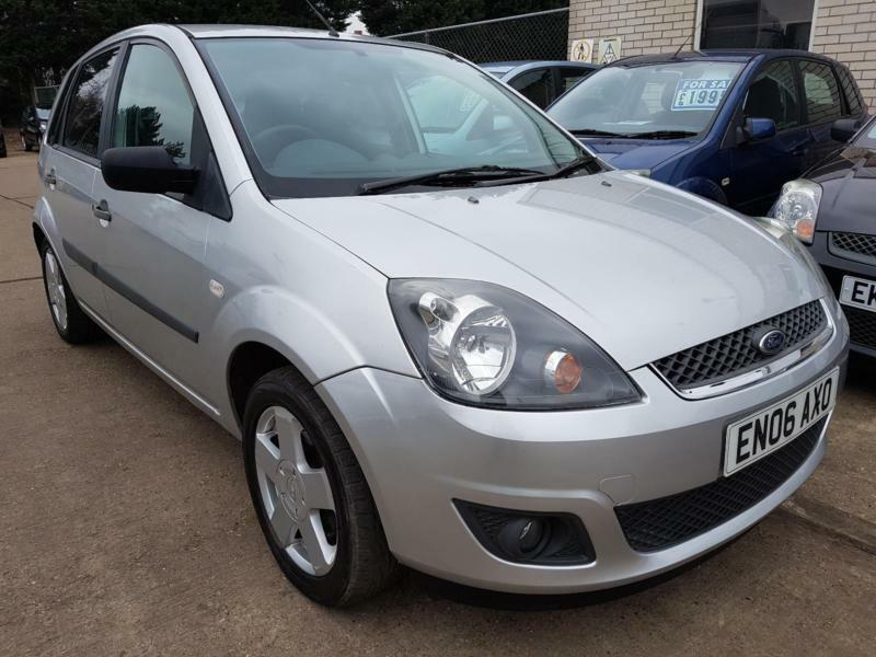 ford fiesta  zetec  door manual  mot june