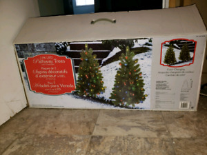 Outdoor pre lit Christmas trees