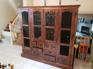 Antique looking TV or Hutch