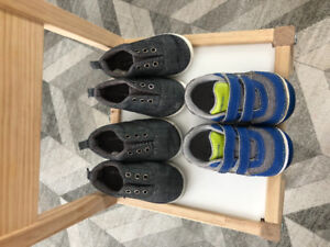 Toddler boy shoes - size 5