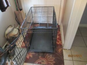 Pet Crate with Tray - Medium