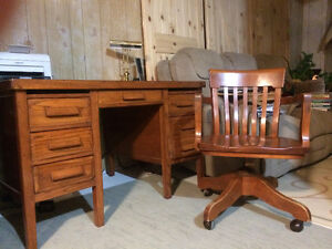 Antique Oak Desk and Chair Prince George British Columbia image 1