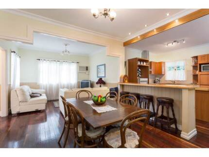 """Home for Sale - TV show """"Selling Houses Australia"""" at Macleay Is. Macleay Island Redland Area Preview"""