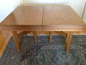 Vintage Dinning Table 50x40x9 inches Peterborough Peterborough Area image 1
