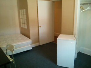 Rentals availabe Sandyhill -Sept 1