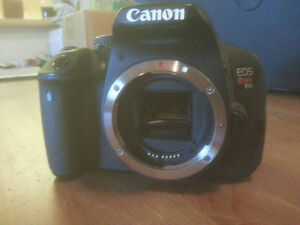 Canon T4i (with remote controller RC-6 & extra battery)
