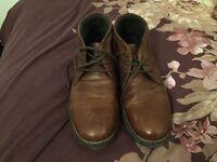Men's tan boots size 10