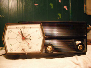 OLD RADIOS(All WORKING ORDER)