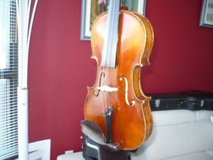 Violin 4/4, German beauty, 100 years old