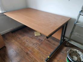 Office desk £70 MUST GO SOON