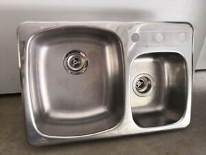 """Stainless Steel Dual-Sized Sink (27-1/4"""" x 18"""" x 7"""")"""