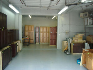 Shop / Office in Secure Buiding / Available Dec 1 Cambridge Kitchener Area image 4