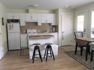 FULLY FURNISHED -1- BEDROOM BASEMENT SUITE in PENTICTON, BC