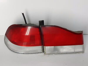 97 98 99 00 ACURA EL REAR LEFT DRIVER TAIL LIGHT