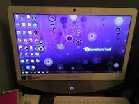 """Packard bell onetwo S3230 20"""" desktop £100 or nearest offer"""