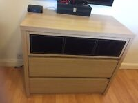 2 bedsides and chest of draws