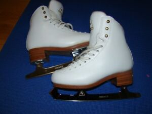 Girls Jackson Elle Skates for Sale - Size 2.5 C