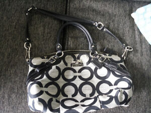 Authentic Coach Handbag/Purse