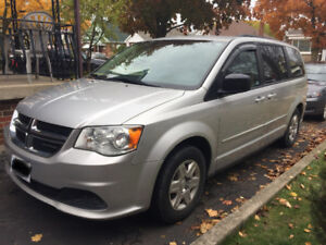2012 Dodge Grand Caravan,3rd Row Seating ( very.good cond)----