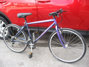 Specialized Rockhopper 21 Speed. Fits 5 ft 2 and Under.
