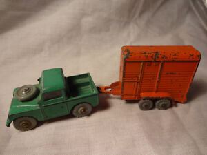 Dinky Toys Dublo No.73 Land Rover and Horse Trailer OO/HO scale