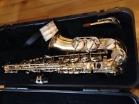 Saxophone aristocrate as600 a vendre