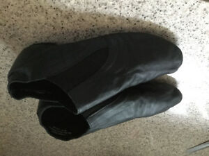 Dance shoes - Women's size 10