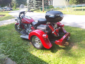 Yamaha Roadstar Silverado with Voyages trike Kit
