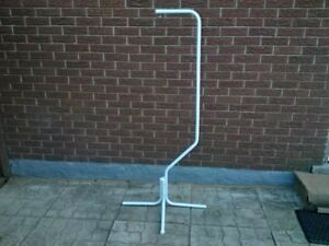 WHITE BIRD CAGE FLOOR STAND PERFECT FOR SMALL/MEDIUM CAGES