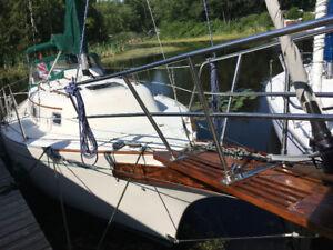 29' bayfield sailboat