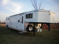 HORSE TRAILER WITH LIVING QUARTERS, SAVE OVER $40, 000