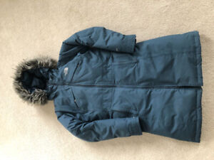 """Women's """" North Face"""" jacket size S in excellent condition"""