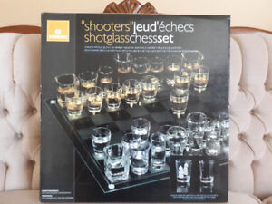 FOR SALE: SHOT GLASS CHESS SET