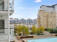 1 bedroom flat in St. Davids Square, Docklands E14