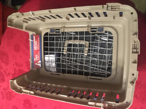 New small dog crate Hamilton west mtn