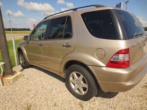 2003 Mercedes-Benz M-Class 5.0L SUV, Crossover