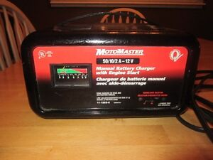 MOTORMASTER  MANUAL BATTERY CHARGER