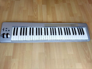 Keyboard controller M-Audio 61es (ON HOLD)